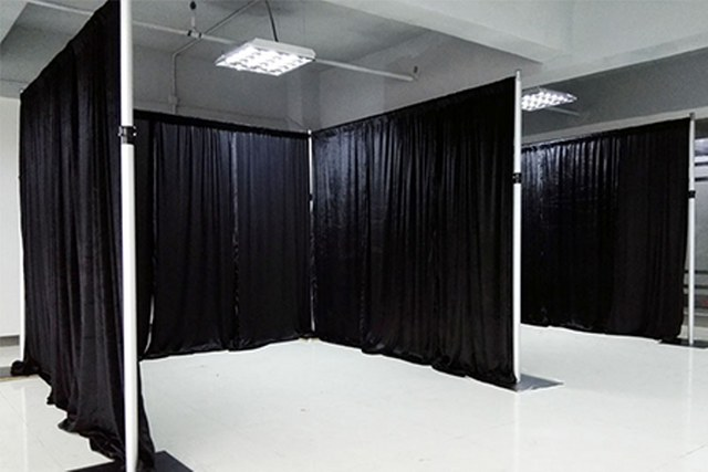 12Ft High Black Pipe and Drape_640x427