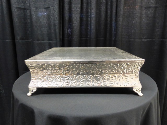 18inch x 18inch Silver Square Cake Stand_640x480