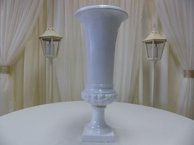27.5inch White Fibreglass Urn