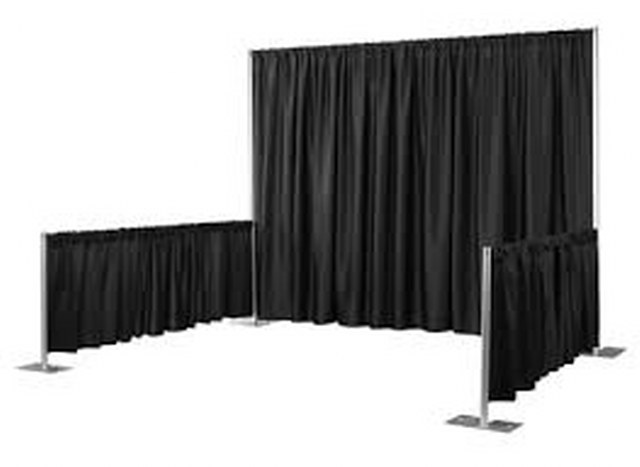 3Ft High Black Pipe and Drape_640x467