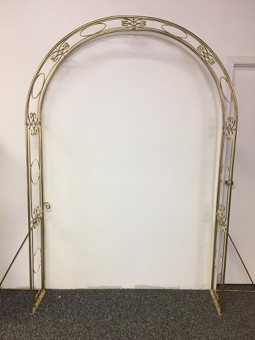 7.5Ft Gold Arch_360x480