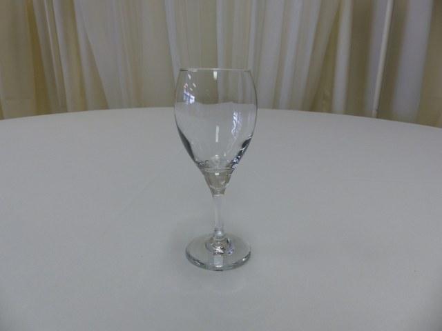 8.5oz Teardrop Wine Glass