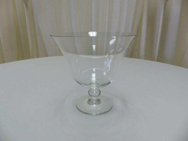 Grand Pedestal Bowl