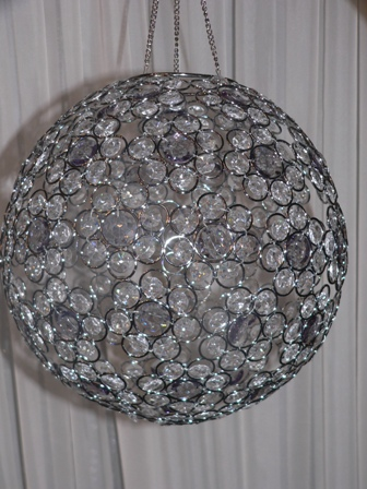 Hanging_Jeweled_Gem_Ball