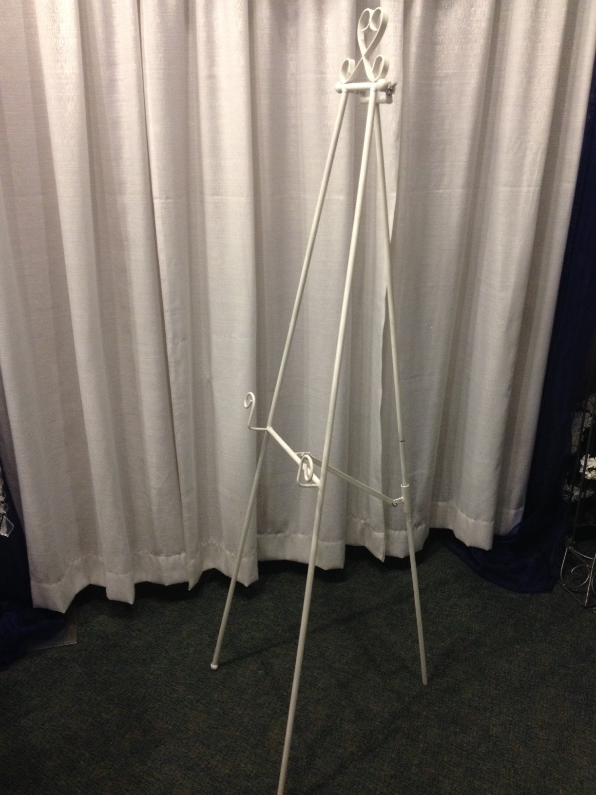 White Metal Floor Easel