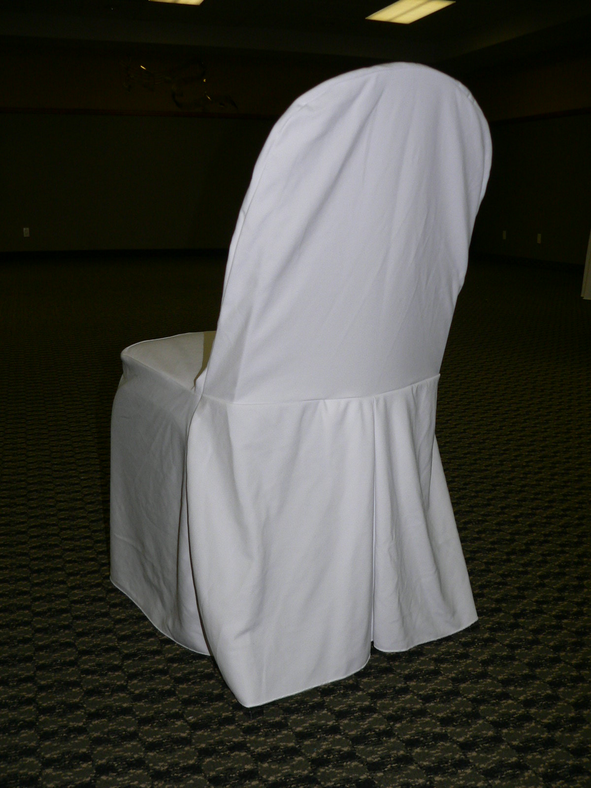 White Pleat Back Chair Cover