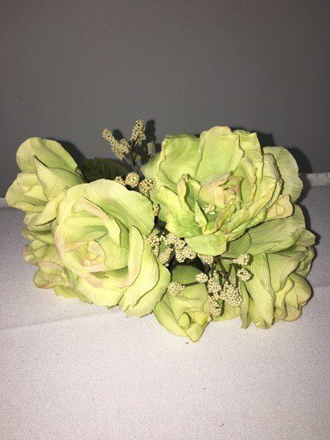 Cream Green Bouquet_640x480