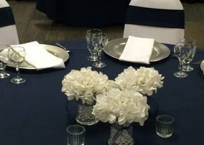Navy and White Wedding Set Up 2_640x480