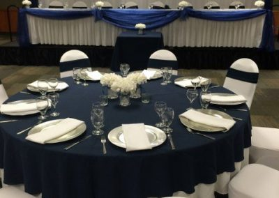 Navy and White Wedding Set Up_640x480