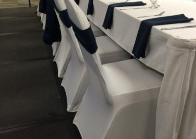 White and Navy Guest Table_640x480