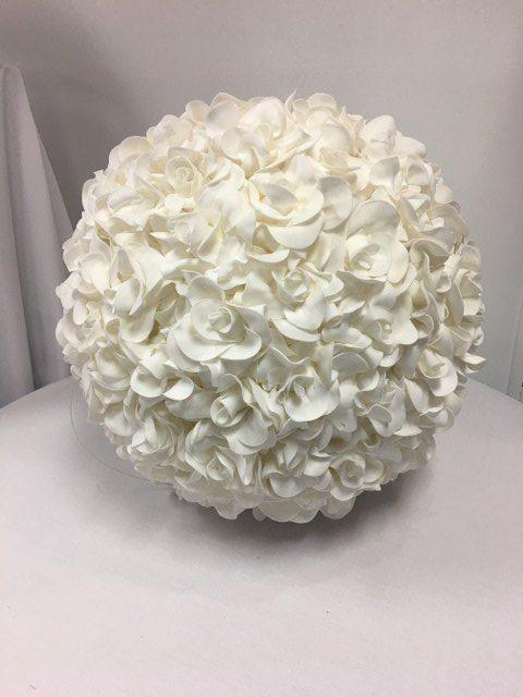 16inch Magnolia Ball_640x480