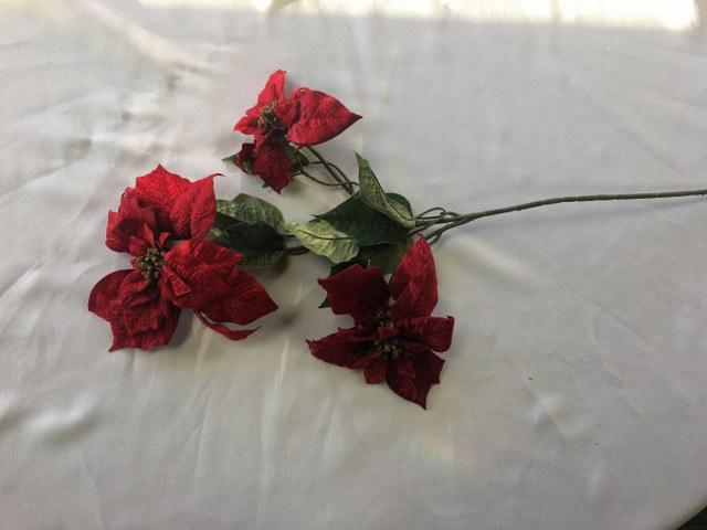 29-inch Three Red Velvet Poinsettia Spray_640x480