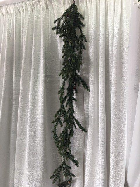 Hanging Spruce Garland, 5 Legs_640x480