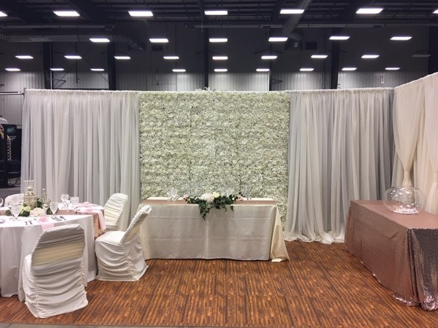White Voile Backdrop with Floral Wall_640x480
