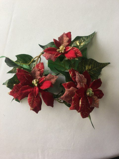 Artificial Poinsettia Ring_640x480