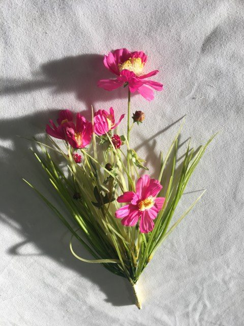 Artificial Cosmos Bundle w Grass, Pink_640x480