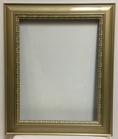 Gold Ornate Frame 25.5inch x 21inch_407x480